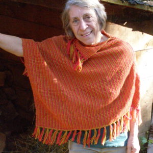 Poncho 100% laine, couleur rouge et jaune moutarde Taille:S: